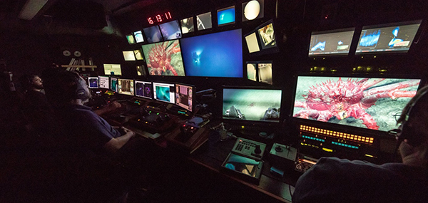 Control room of the Okeanos. (Photo: NOAA Office of Ocean Exploration and Research)